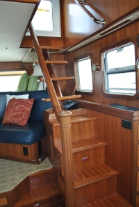 Interior - Pilothouse Steps to Flybridge
