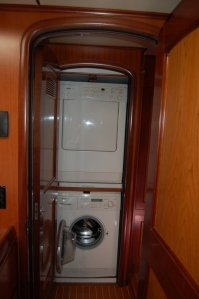 Interior - Washer/Dryer
