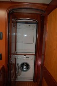 Interior - Washer/Dryer