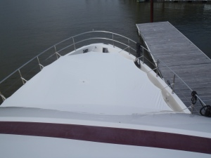 Bow awning