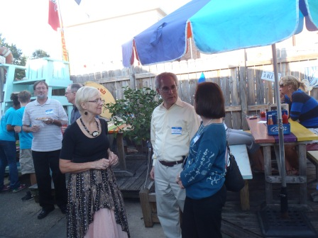 Sue Strickland, Mike and Phyllis Hendler