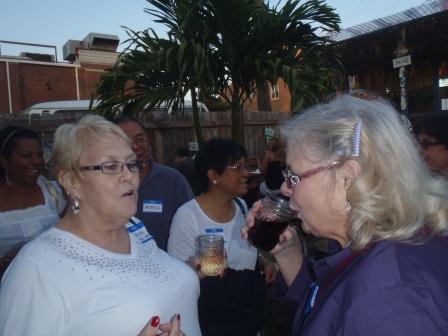 Joyce Bennett, Roberta Wells