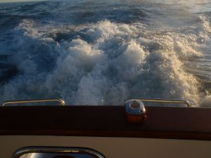 Wake at the stern during Wide Open Throttle run