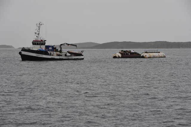 Tandberg Polar with barge that will be used to raise Maud (photo by Steve D'Antonio)