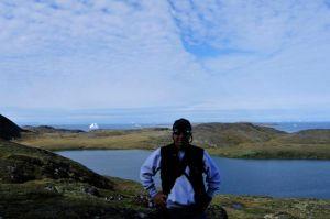 Steve hikes in Christianshab